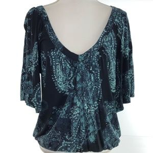 Mudd Black Teal Paisley V-Neck Banded Bottom Large